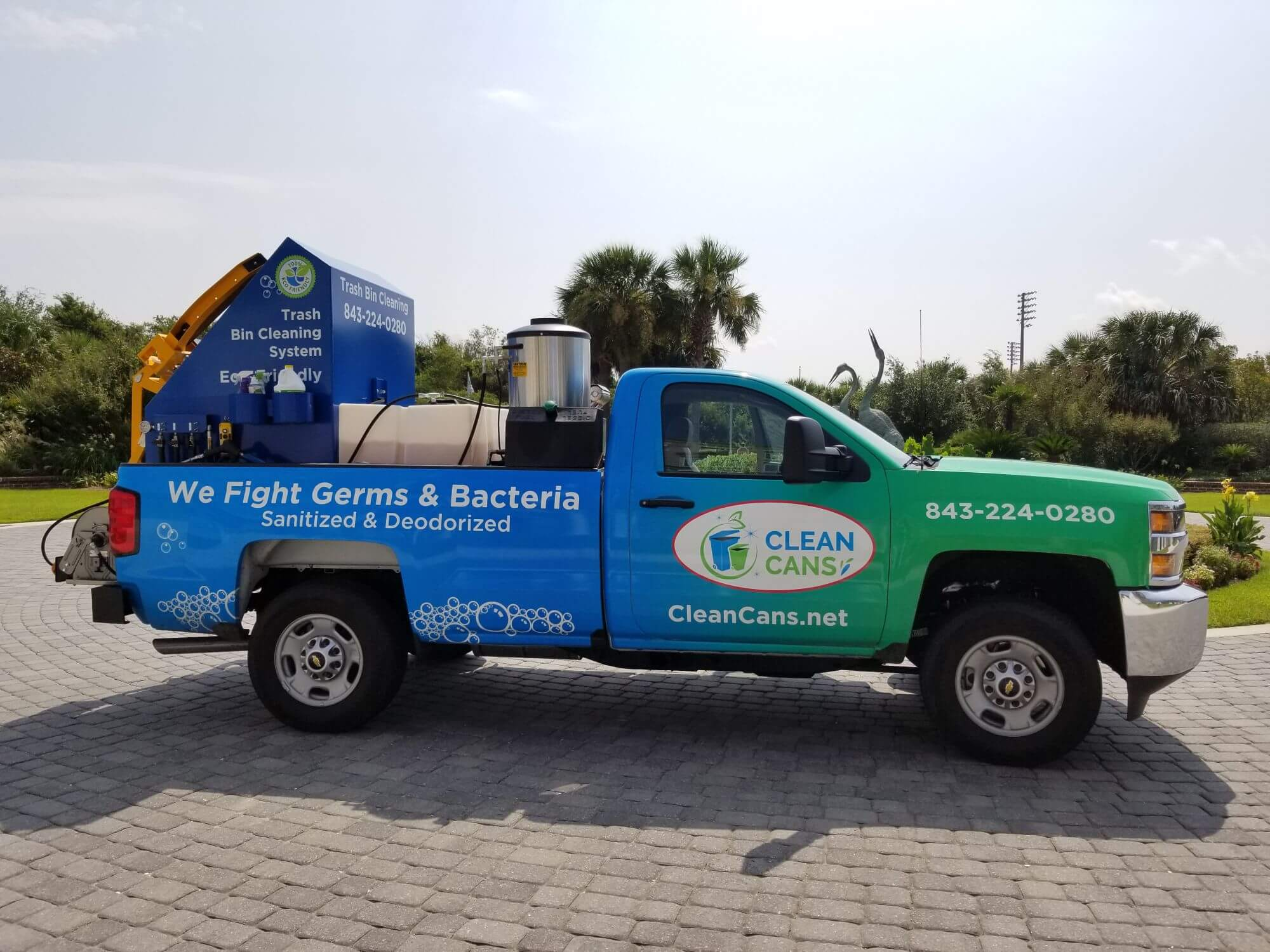 trash can cleaning, sanitize trash can, monthly can cleaning, clean cans, charleston trash can service